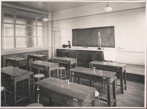Salle de sciences 1