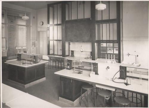Salle de sciences 3