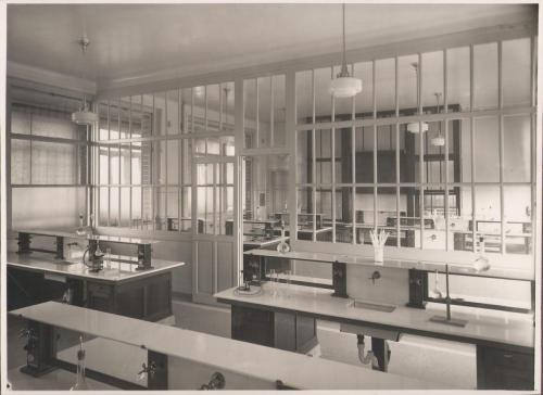 Salle de sciences 5